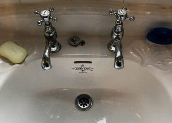 Leaking Tap repairs - Plumbers in Chislehurst